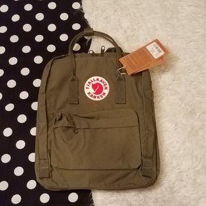 Nwt Kanken fjallraven olive green backpack bag